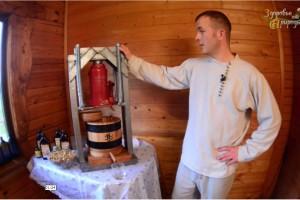 Как мы давим наше ЖИВОЕ масло грецкого ореха