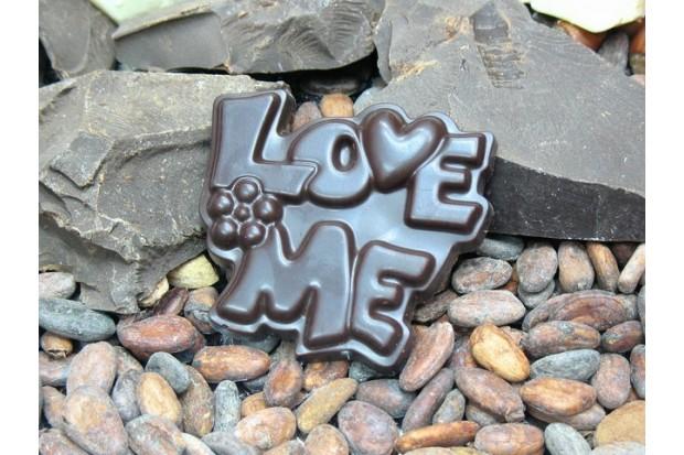 Натуральный шоколад LOVE ME от производителя в подарок любимому человеку купить