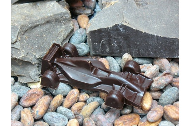 Шоколад ручной работы в подарок любимому мальчику - гоночная машина Болид